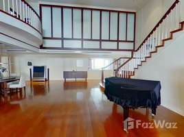 4 Bedrooms Property for sale in Khlong Toei, Bangkok Las Colinas