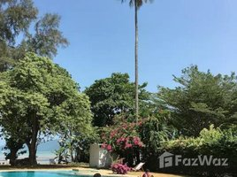 3 Bedrooms House for rent in Rawai, Phuket Tropical Beach Front Villa