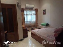 3 Bedrooms Townhouse for rent in Tonle Basak, Phnom Penh Other-KH-55025