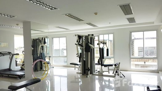 Photos 1 of the Communal Gym at The Niche Ratchada - Huay Kwang
