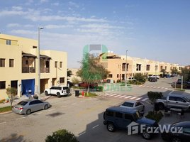 2 Bedrooms Property for sale in , Abu Dhabi Zone 8