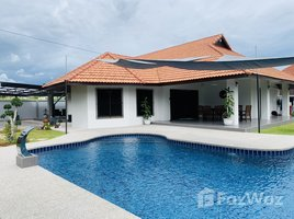 3 Bedrooms Villa for rent in Nong Pla Lai, Pattaya Renovated 3 Bed Villa and Jacuzzi in Nong Pla Lai