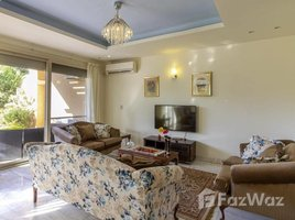 5 غرف النوم تاون هاوس للإيجار في Sheikh Zayed Compounds, الجيزة Meadows Park