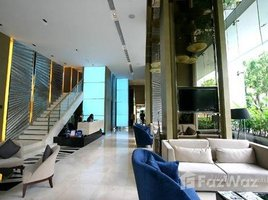 Studio Condo for sale in Si Lom, Bangkok Life At Sathorn 10