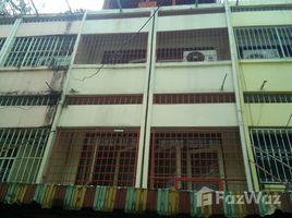 曼谷 曼赐 Building For Rent Near By MRT Tao Poon 3 卧室 联排别墅 租