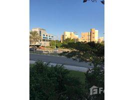 3 غرف النوم شقة للبيع في Sheikh Zayed Compounds, الجيزة Beverly Hills