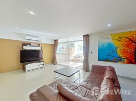 2 Bedrooms Condo for sale in Nong Pa Khrang, Chiang Mai SR Complex
