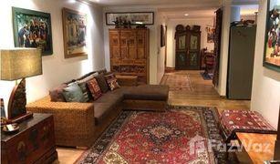 3 Habitaciones Apartamento en venta en Cuenca, Azuay SPECIAL GROUND FLOOR APARTMENT WITH 2 PATIOS AND GREAT LAYOUT COMES PARTIALLY FURNISHED