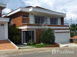 4 Habitaciones Casa en venta en , Santander CONJUNTO RESIDENCIAL LA CIMA CASA # 2, Piedecuesta, Santander
