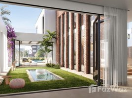 3 Bedrooms Townhouse for sale in Sheikh Zayed Compounds, Giza Beverly Hills