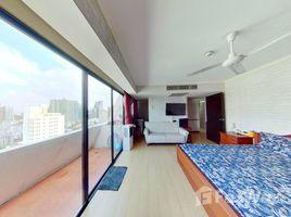 1 Bedroom Condo for sale in Khlong Toei, Bangkok Omni Tower Sukhumvit Nana