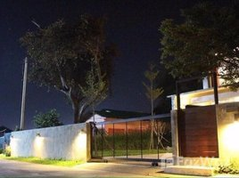 3 Bedrooms House for sale in Sai Mun, Chiang Mai Two Storey house in Sankampang