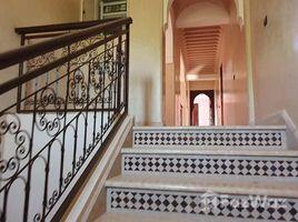 Marrakech Tensift Al Haouz Na Menara Gueliz Belle villa à louer vide style Riad de 4 chambres sur 3000m², avec piscine privative, située dans un domaine privé à 15km du centre de Marrakech sur R 4 卧室 别墅 租