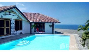 2 Habitaciones Propiedad en venta en Tonsupa, Esmeraldas