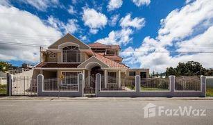 5 Habitaciones Casa en venta en Loja, Loja