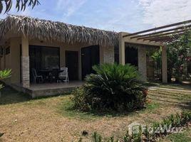 3 Habitaciones Casa en alquiler en Manglaralto, Santa Elena Prime Rental in Rio Chico Beach Club: Get a relaxing experiense enjoining this cute bungalow that is, Manglaralto, Santa Elena