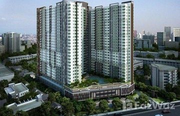 The Trust Residence Pinklao in Bang Ramat, Bangkok