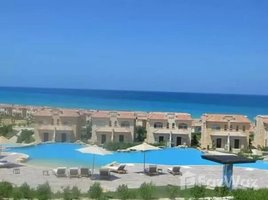 As Suways Chalet Roof for sale in Telal Al Sokhna view pool. 2 卧室 住宅 售