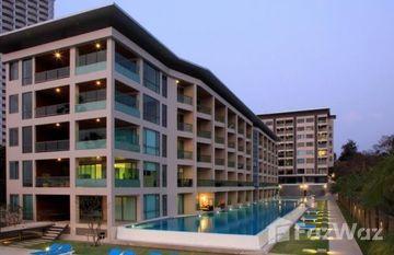 Ananya Beachfront Condominium in Na Kluea, Pattaya