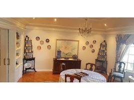 8 Habitaciones Casa en venta en Cumbaya, Pichincha Cumbayá - Quito, Pichincha, Address available on request