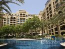 2 Bedrooms Apartment for rent at in The Fairmont Palm Residences, Dubai - U826336