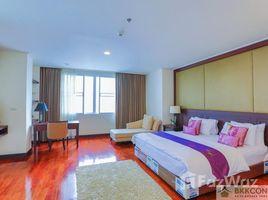4 Bedrooms Condo for rent in Khlong Tan Nuea, Bangkok Piyathip Place