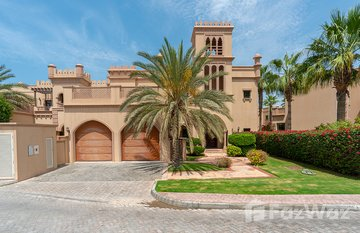 Canal Cove Frond F in Garden Homes, Dubai