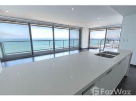 3 Habitaciones Apartamento en venta en Manta, Manabi **VIDEO** Brand new 3/3.5 BEACHFRONT in award winning luxury building!