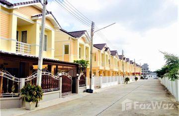 Phimphaphon 4 in Nong Mai Daeng, Pattaya