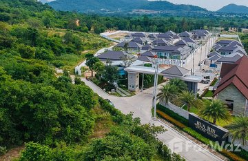 Hua Hin Grand Hills in Hin Lek Fai, Hua Hin