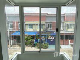 3 Bedrooms Townhouse for sale in Bang Bua Thong, Nonthaburi Bua Thong Thani
