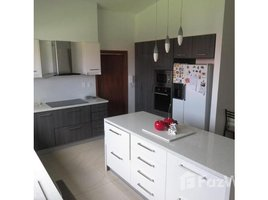 4 Habitaciones Casa en venta en Cumbaya, Pichincha Cumbayá - Quito, Pichincha, Address available on request