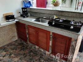 2 Bedrooms Villa for sale in Hua Hin City, Hua Hin Baan Chutikarn