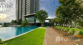 Available Units at 333 Riverside