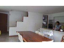 San Jose Casa de Tres Niveles rodeada de Naturaleza a la Renta: House For Rent in Santa Ana, Santa Ana, San José 4 卧室 房产 租