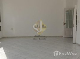 3 Bedrooms Apartment for rent in Naif, Dubai Commercial and Residential Building