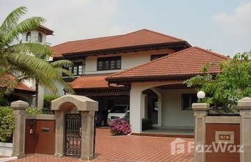Lakeside Villa 2 in Dokmai, Bangkok