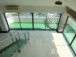 4 Bedrooms Condo for sale in Phra Khanong Nuea, Bangkok Beverly Hills Mansion