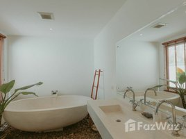 ขายวิลล่า 2 ห้องนอน ใน ราไวย์, ภูเก็ต Luxury 2 Bedrooms Pool Villa for Sale in Rawai