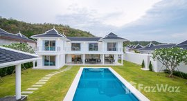Available Units at Falcon Hill Luxury Pool Villas