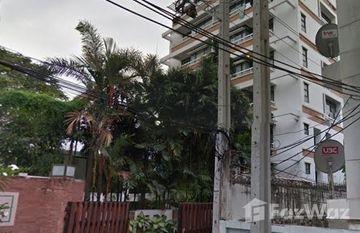 Neo Aree Apartment in Khlong Tan, Bangkok