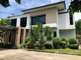 4 Bedrooms Villa for rent in Bang Kapi, Bangkok 4 Bedroom Villa With 1 Rai Land For Rent Near Rama 9