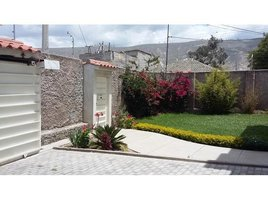 5 Habitaciones Casa en venta en San Antonio, Pichincha Mitad del Mundo, Pichincha, Address available on request