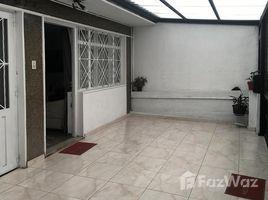 8 Habitaciones Casa en venta en , Cundinamarca CLL 72B # 90-50 1144088, Bogot�, Bogot�