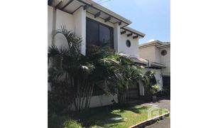 2 Habitaciones Apartamento en venta en , San José Laureles de Escazu: Beautiful Two-story Apartment with an excellent location.