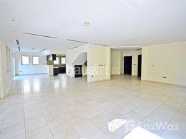 5 Bedrooms Villa for sale in Mediterranean Clusters, Dubai Large plot | Vastu Compliant | Private Pool