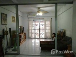 2 Bedrooms Townhouse for sale in Surasak, Pattaya Townhouse 2 storey for sale Si Racha