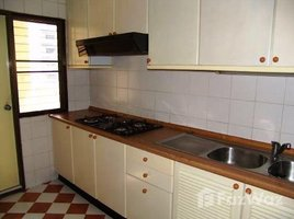 3 Bedrooms Condo for rent in Khlong Toei, Bangkok Sriratana Mansion 1