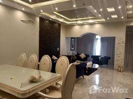 Giza Sheikh Zayed Compounds Royal Meadows 4 卧室 联排别墅 租