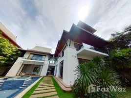 5 Bedrooms Villa for sale in Ko Kaeo, Phuket Royal Phuket Marina